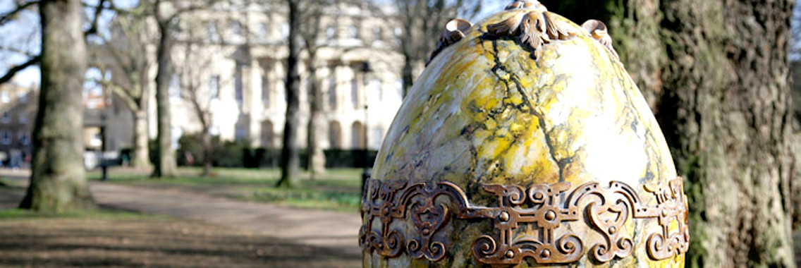 http://londonbusinessenglish.net/wp-content/uploads/2014/03/faberge-fab-egg-21-1136x380.jpg